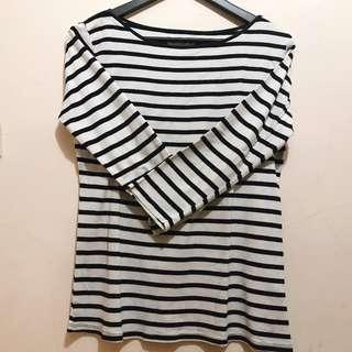 Black-and-white Stripes T-shirt