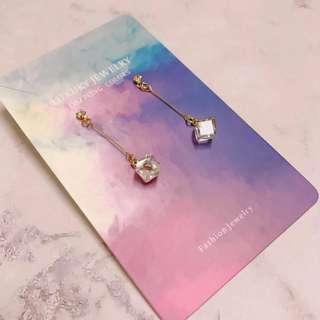 日系白色石簡單款耳環