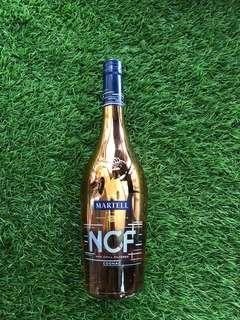🚚 Luxury Sparkling Bottle
