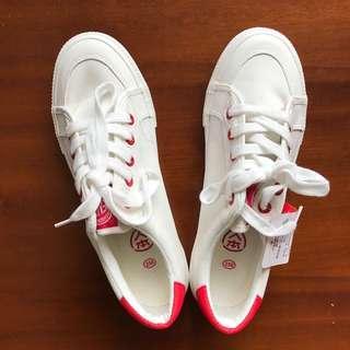 人本帆布鞋canvas shoes|白紅 日碼25/中碼40號