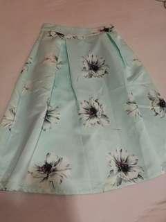 Premium Twenty 3 Floral Midi Skirt