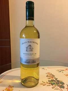 七折出售智利白酒Gran Hacienda Sauvignon Blanc 2011, 零售價每枝$135. *18歲以下免問!
