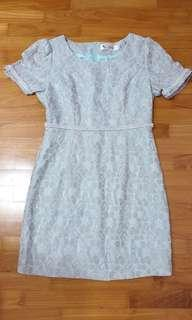 🚚 lace dress with inner lining #MRTTampines #MRTRaffles
