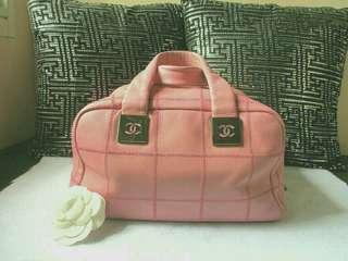 AUTHENTIC Chanel Baby Pink Caviar Doctor Bag