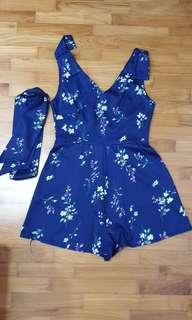 🚚 Midnight blue floral Romper playsuit #MRTTampines #MRTRaffles