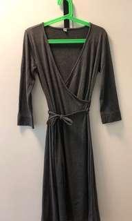Uniqlo heattech dress M size