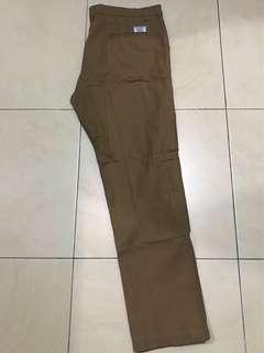 celana chino merk volkvog size 36 slim like new