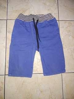 Celana pendek anak laki