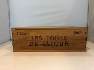 Les Forts De Latour 2007 紅酒木箱(有蓋)尺寸見附圖