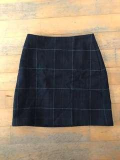 SALE Uniqlo Black Prep school Checkered Skirt