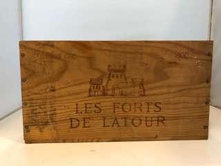 Les Forts De Latour 2003 (無蓋)尺寸見附圖