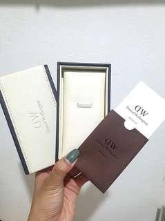 Daniel Wellington Empty Box with Manual Card