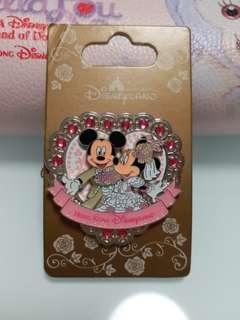 Disneyland 襟章