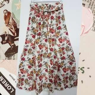 Flower Skirt - Midi