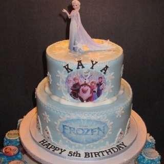 Frozen Elsa Anna 2 tier Cake Cake with Cupcakes