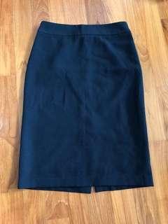 🚚 Office pencil skirt
