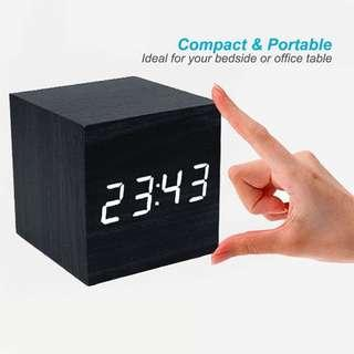 Compact and Portable Clock