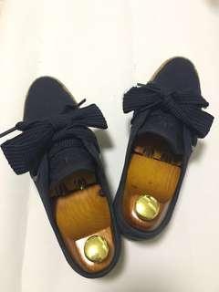 日本 Adidas 休閒布鞋