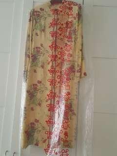 Baju Kurung moden Silk labuh