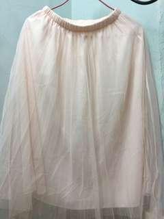 粉紅色兩層及膝紗裙