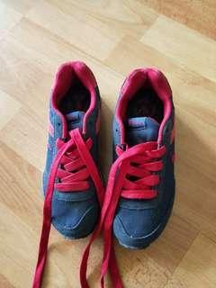 🚚 BN Polo sneaker