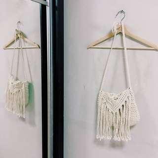 🚚 Knitted sling bag