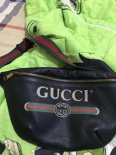 Fs gucci bumbag 💯original (nego)
