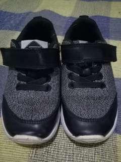 Sepatu anak HnM Size 25