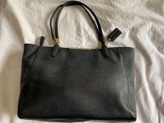Coach Black Zip Leather Tote Bag (Pre-Loved)