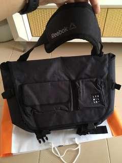 🚚 Reebok Les Mills Bag - sling bag