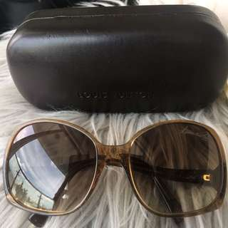 91cf7bba7a22 Authentic Preloved Louis Vuitton Gina Sunglasses