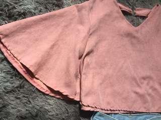 Ruffle sleeve crop top