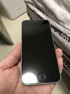 🚚 IPhone 5s 32G 太空灰 改SE外觀 很漂亮