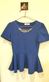 🚚 寶藍色釘釦珠子上衣