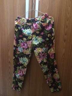 celana corak bunga