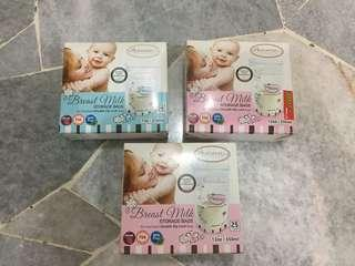 Autumnz breast milk storage bag (1 for RM 10 & 3 for RM 25)