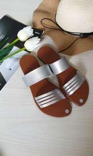 (In stock) Summer flat