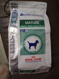 Royal Canin 10kg以下成犬狗糧 3.5kg包裝