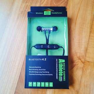 Bluetooth Earphones for Atheletes