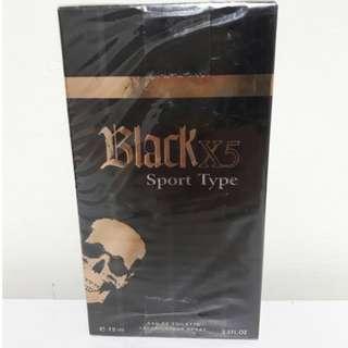 black香水