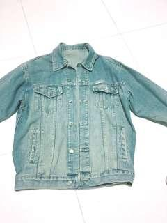 🚚 Denim Jacket