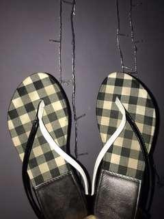 Sandal gosh teplek santai