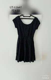 Dress polkadot hitam Arnessio