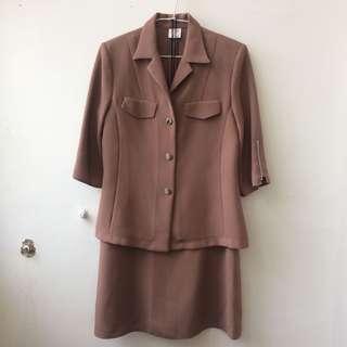 棕色個性短袖兩件式套裝