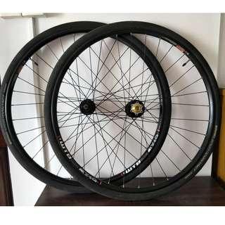 WTB 29er (700C) MTB Disc Wheels with tyres