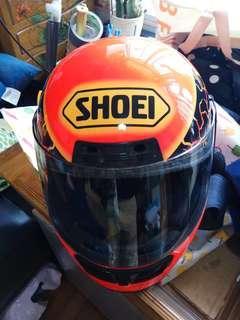 頭盔SHOEI