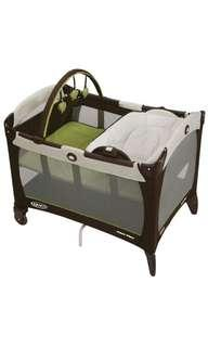 Graco Pack 'n Play Playard with Reversible Napper and Changer, Baby Crib Cot, Go Green BNIB