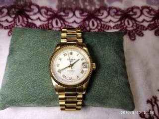 〉Swiss Made (CYMA)瑞士司馬全自動日曆機械錶