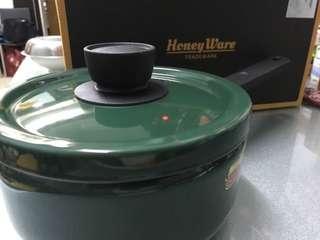 Honey Ware 單柄琺瑯煲