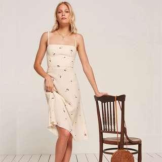 US cherry cream dress 長身裙